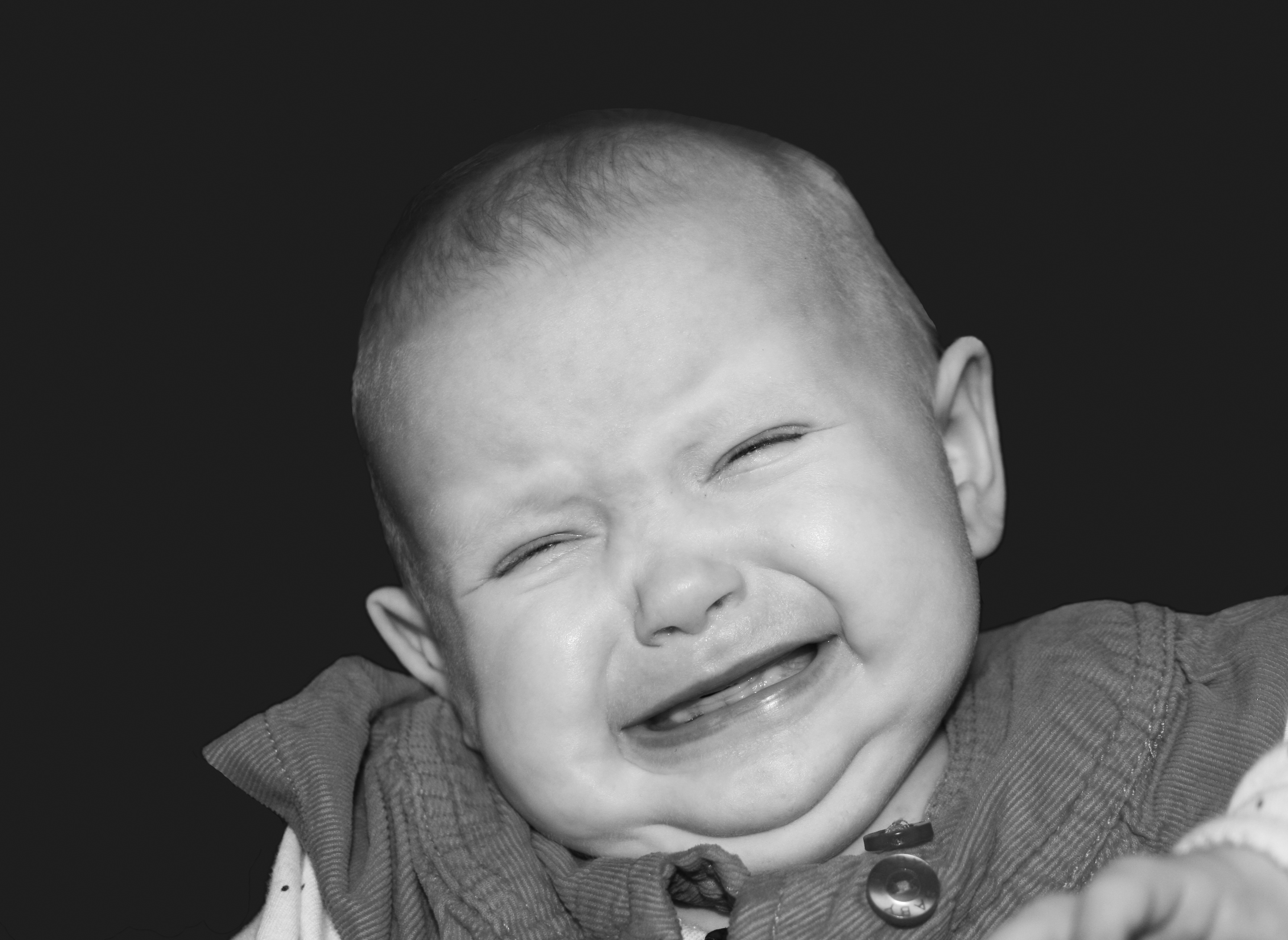 Bébé qui pleure - bebeblabla.fr